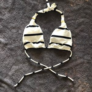 Vix Black&White Striped Bikini Top - S